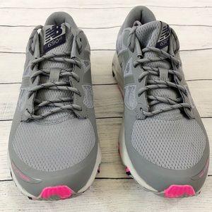 New Balance Shoes - NWOT WOMEN'S NEW BALANCE WT690-V2S TRAIL- SZ 8